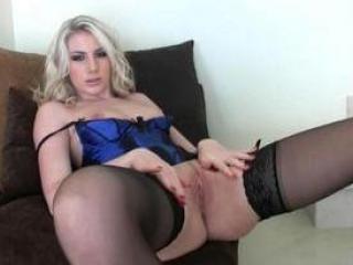Jolie lingerie de salope