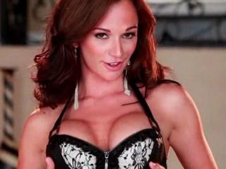 Striptease sexy de Destiny Dixon
